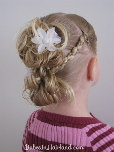 Flower Girl Hairstyle (15)
