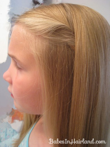 2 Simple Ways to Pull Bangs Back (7)
