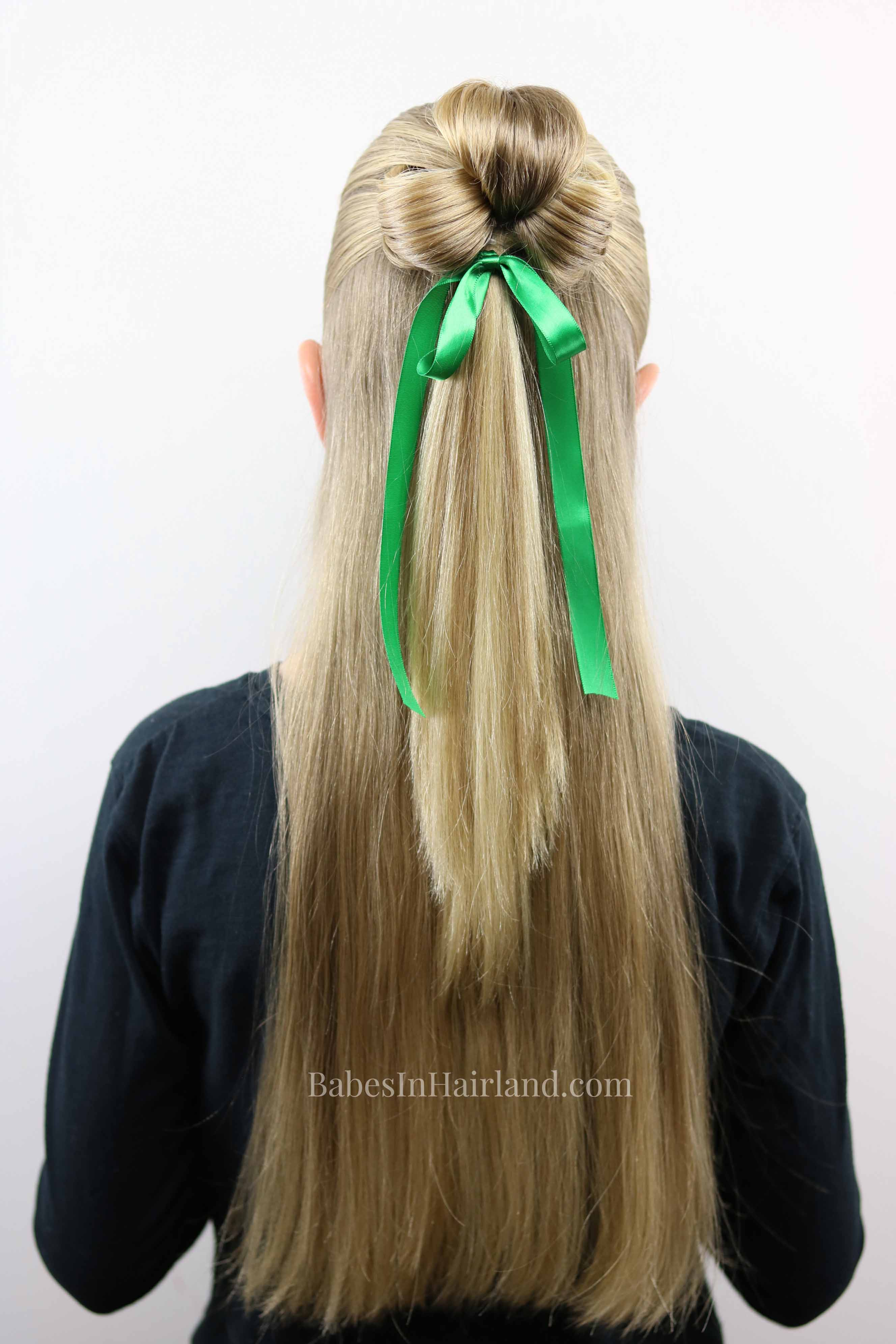 St Patrick S Day Hairstyle Lucky Clover 3 Leaf Clover