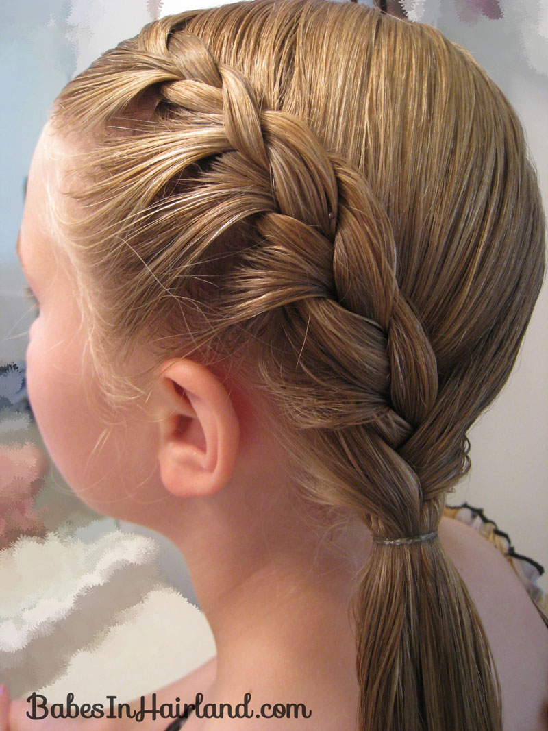 Add The French Braid Into The Rest Of The Hair And Plait Just A Few  Sections Zigzag Twistbacks Rope Braid