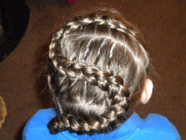 Letter S Hairstyle (22)