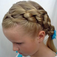 Chunky Knot Hairstyle