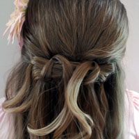 Pretty Way to Hide Bobby Pins