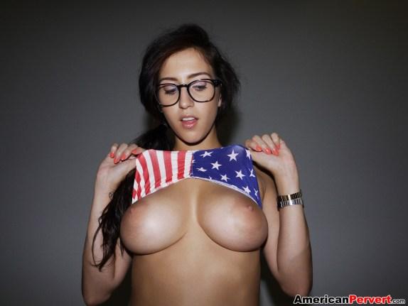 april-oneil-american-pervert-02