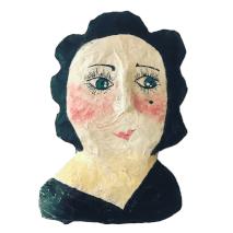 portret van een dame met zwart haar