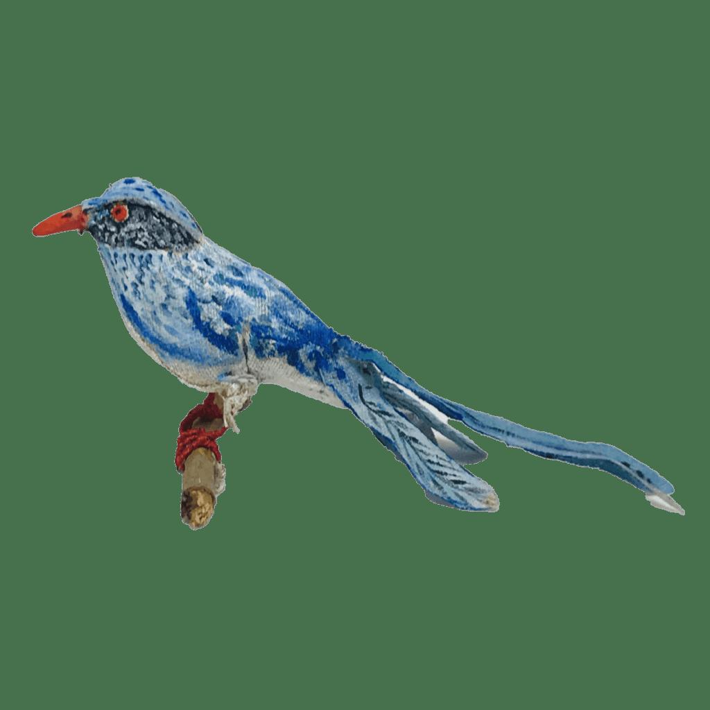 vogels van textiel beschilderd met acrylverf op boomtakje