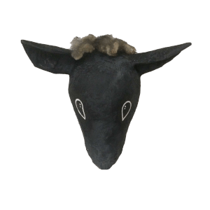 papiermache dierenkop Bassie het zwarte schaap voor aan de muur