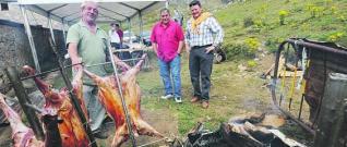 El Alcalde de Mieres en el Puerto de Pinos