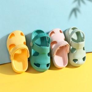 Summer New Baby Hole Shoes Children Nice Non slip Soft Floor Old Boys Girl Beach Sandals