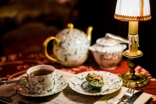 Magie, poésie & douceur dans ce salon de thé vraiment pas comme les autres.