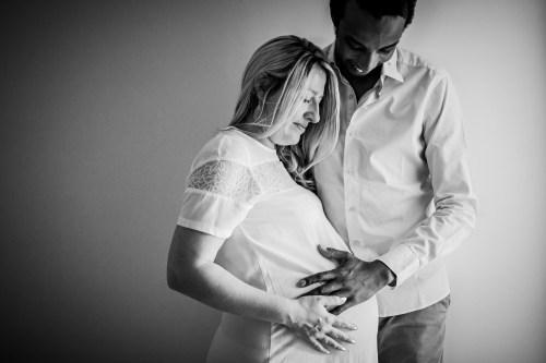 On aime tellement vos séances photos maternité. Des moments forts et simples qui passent vite