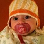 Mina wears her Inka hat