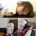 立ったまま寝る2歳児