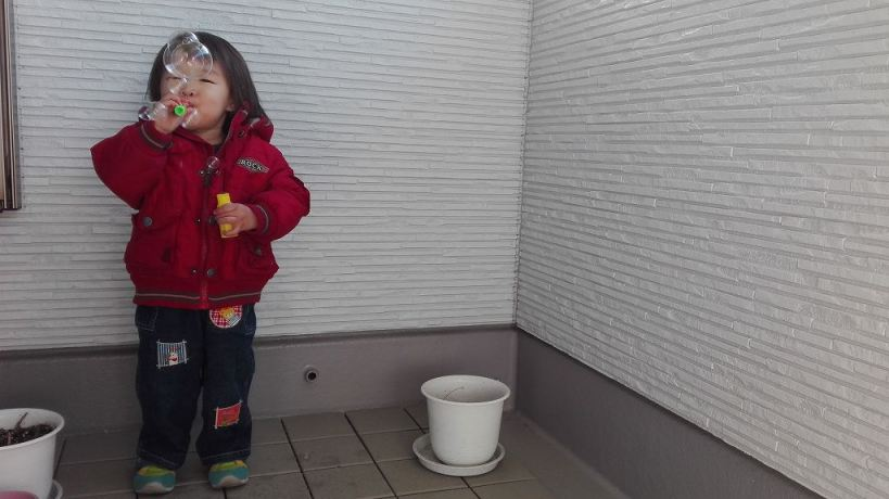 こゆたん2歳4ヶ月 シャボン玉
