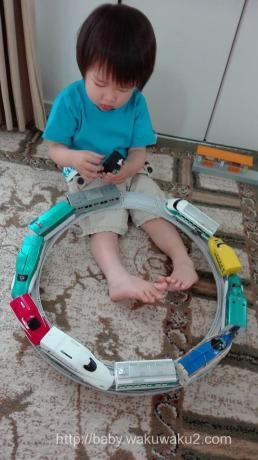 こゆたん 2歳8ヶ月 電車だいすき