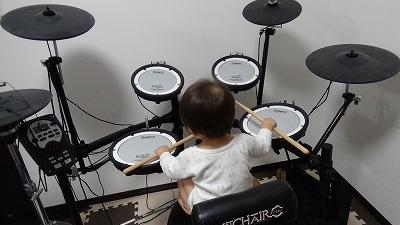 赤ちゃん ドラム
