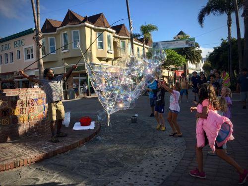 Santa Catalina Bubbles