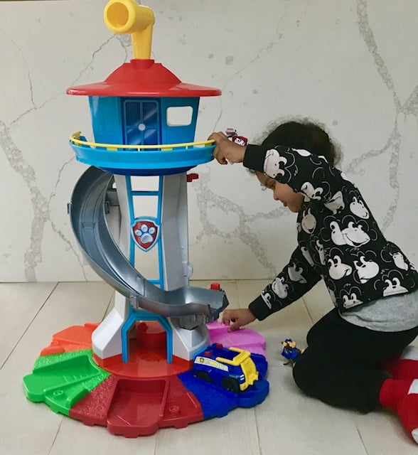 Spinmaster Paw Patrol Life Size Lookout Tower Review