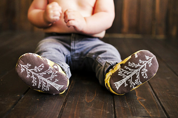 Wee-little-piggies-baby-shoes-trees
