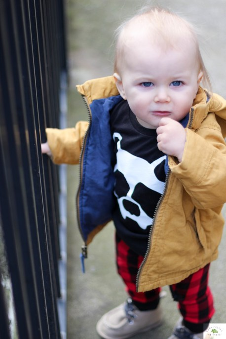 I am spotlighting my favorite small shops to buy baby and toddler clothes. Meet River Babe Threads hip clothes for the whole family made in Michigan.