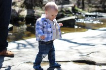 I love the look of distressed denim on babies. Here are step by step instructions for making distressed denim for babies and toddlers.