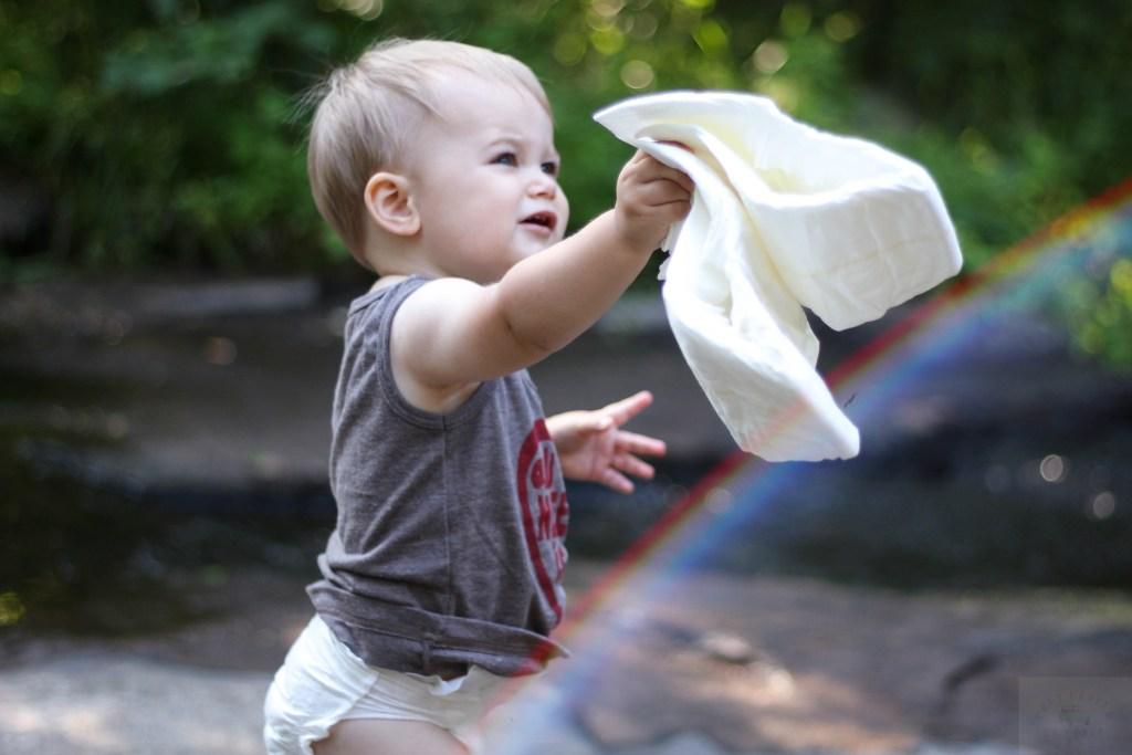 Dewor-bamboo-diapers-babycastanonboard.com-Rainbow