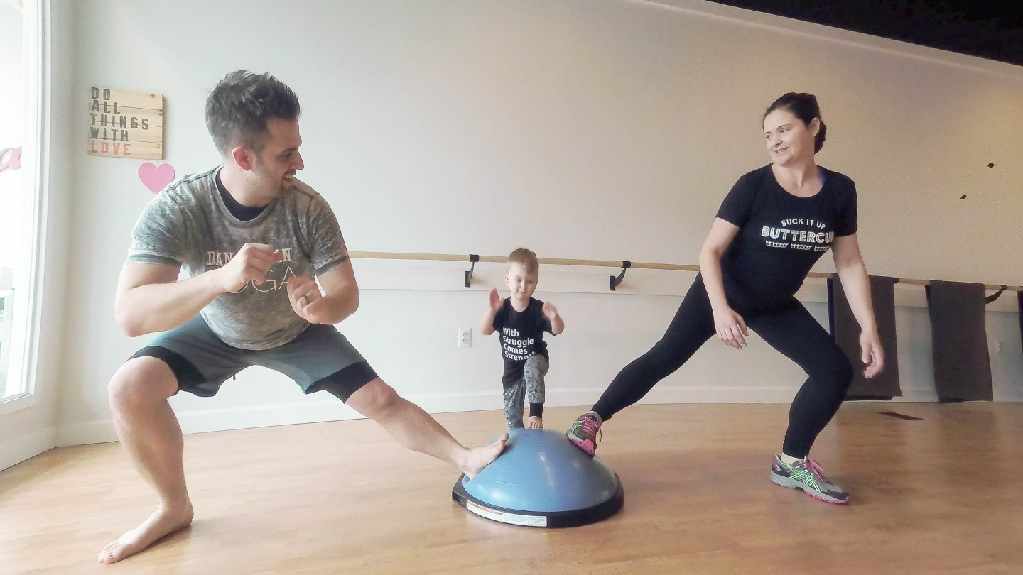 How to Incorporate a Bosu Ball in a Mom and Toddler Workout