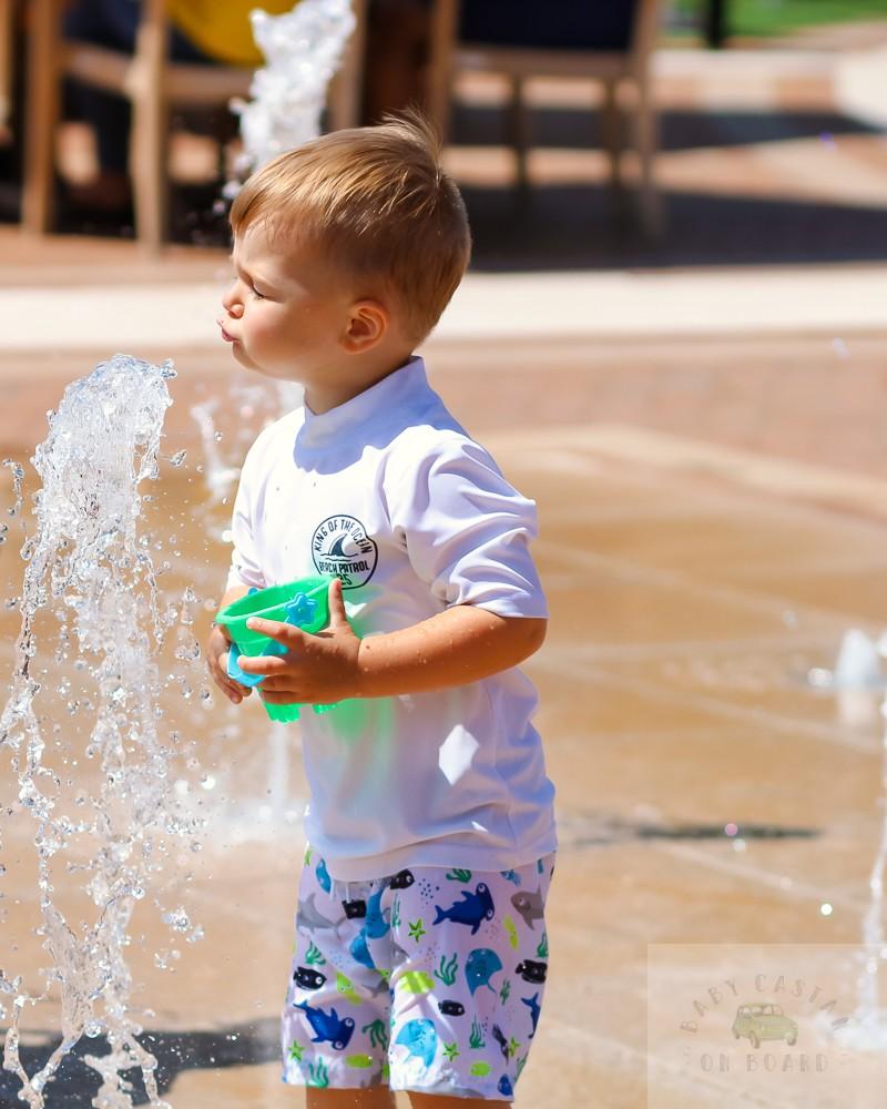 best splash pads in DC_One Loudoun splash pad_blowing fountain_web