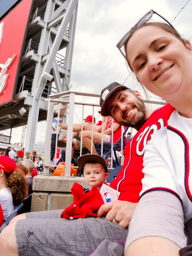 washington nationals baseball team_family selfie at the game