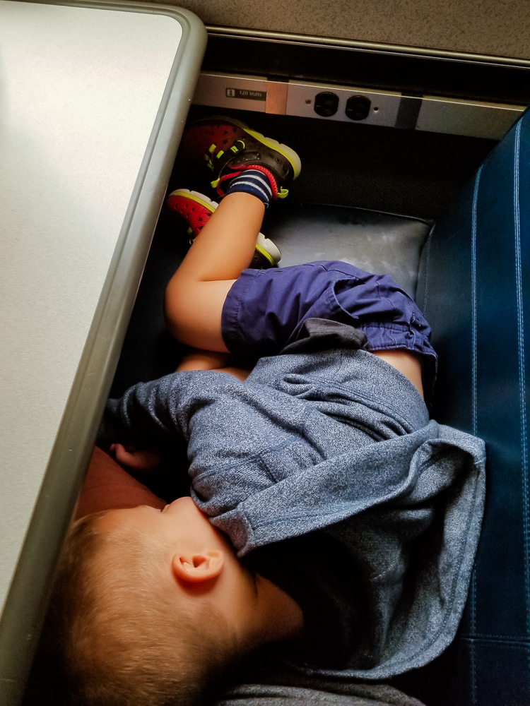 4 Top Tips for Train Travel with a Toddler featured by top mommy blog, Baby Castan on Board