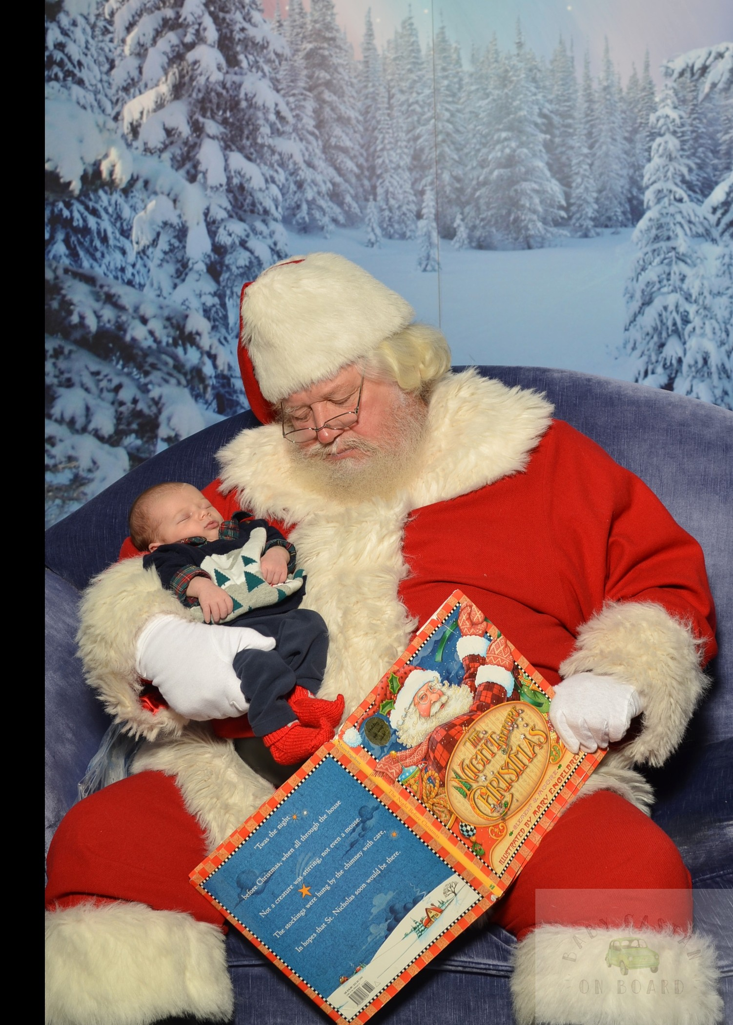 The Secret to a Cry-Free Santa Visit with a Toddler featured by top DC mommy blogger, Baby Castan on Board