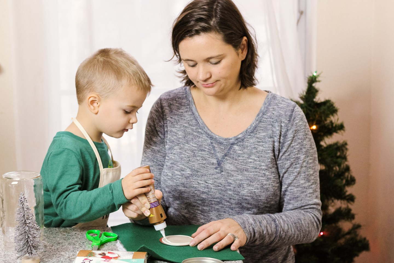 Toddler Christmas Ornaments_mom glues felt to mason jar lid