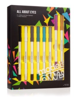 https://www.modelsownit.com/product/8252/whats-new/eyes/eyeliner/gifts/all-about-eyes-gift-set#38887