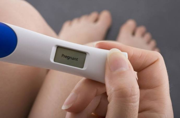 can-I-take-a-pregnancy-test-at-night