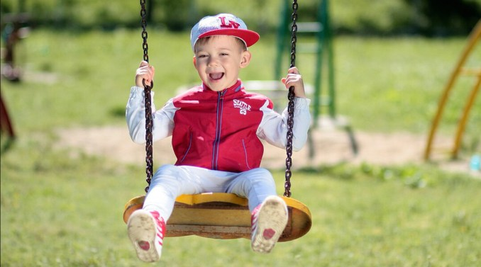 best-swing-sets-for-toddlers