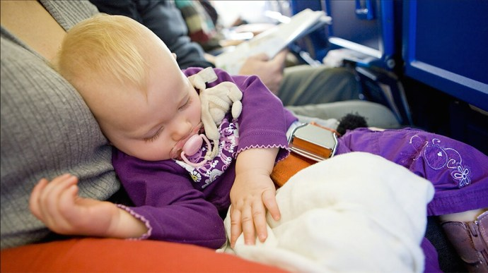 best-car-seat-for-airplane-use