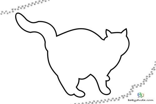 Ausmalbild Liegende Katze - Kostenlos zum Ausdrucken