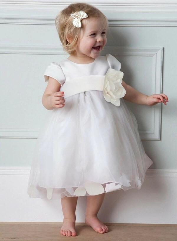 Cute Baby Flower Girls in White Dresses