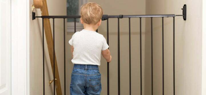 Your Guide To Timing When To Install And Remove Baby Gates
