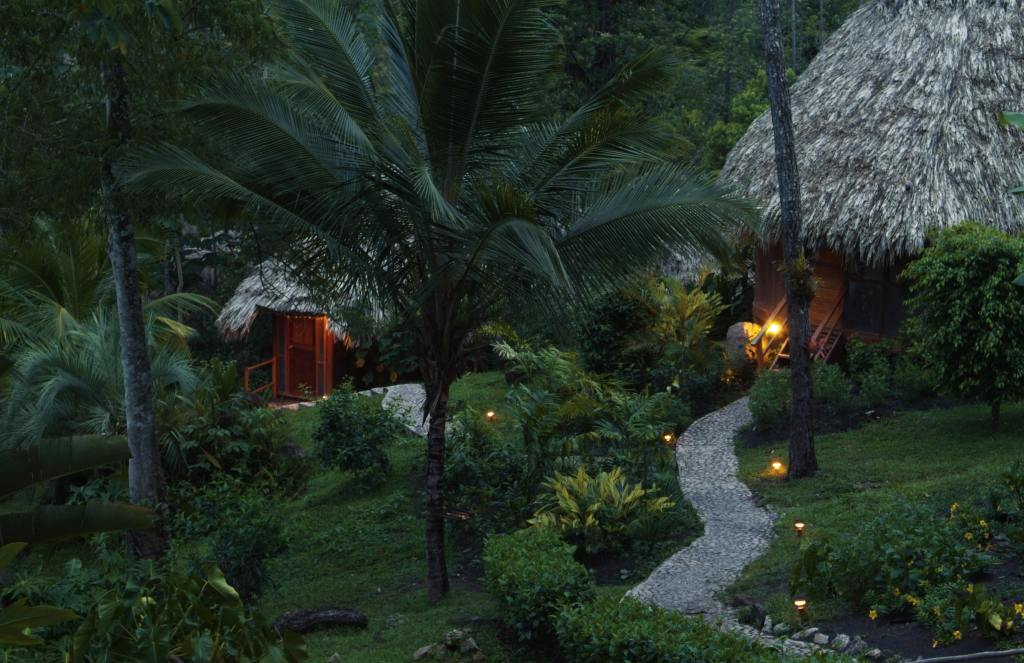 pathway leading to Garden View Cabanas at Blancaneaux Lodge in Belize