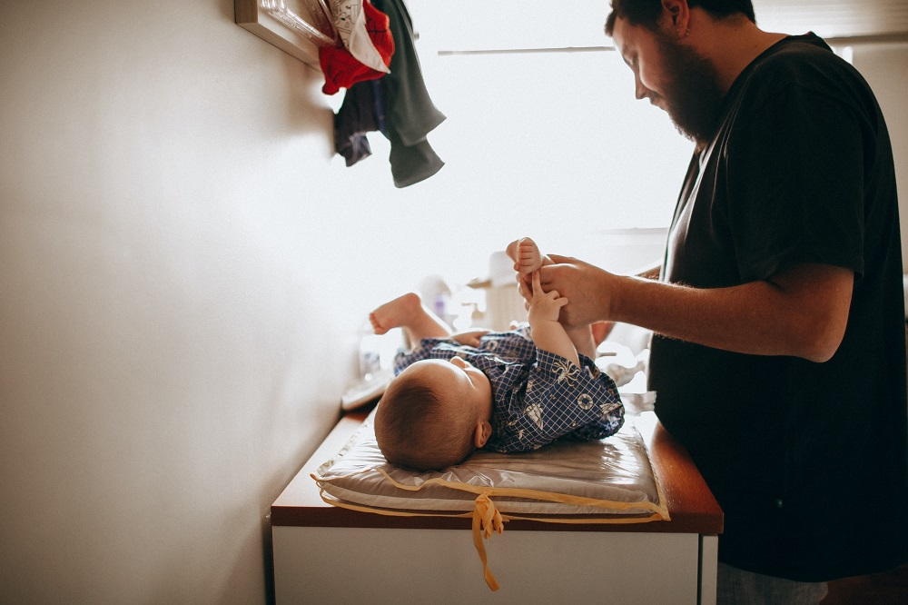 Trocar fraldas: respostas para as principais dúvidas dos pais