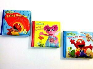 Covers of three Sesame Street Bath Time Bubble Books