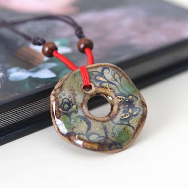 Des bijoux ethniques décoratifs