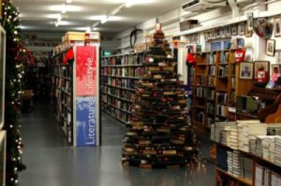 Christmas at Kenny's Bookshop