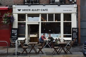 brick alley cafe