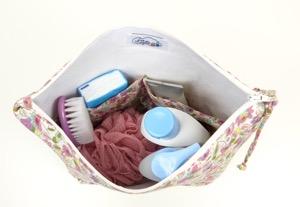 trousse-toilette-personnalisee-bebe-fille-liberty-rose-cadeau-naissance-4
