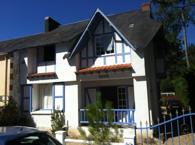 The beautiful white and blue house we stayed in at St Jean De Monts, France