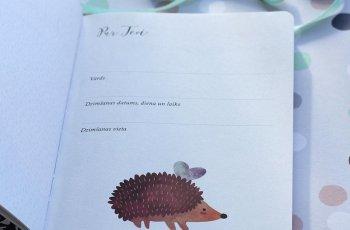 Muum: Mazuļa atmiņu grāmatiņa 'Tavs pirmais gads'