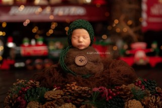 Newborn Holiday