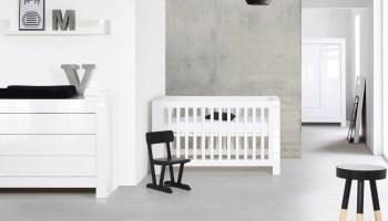 Hoogglans Wit Kast : Inspiratie: babykamer briljant wit hoogglans met ledikant commode